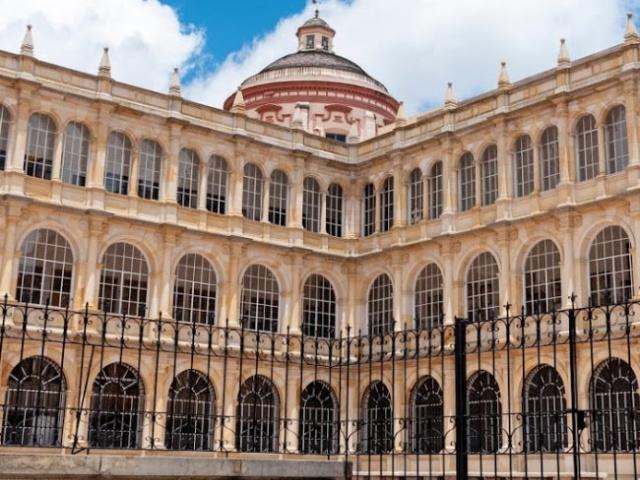 Colegio Mayor de San Bartolomé